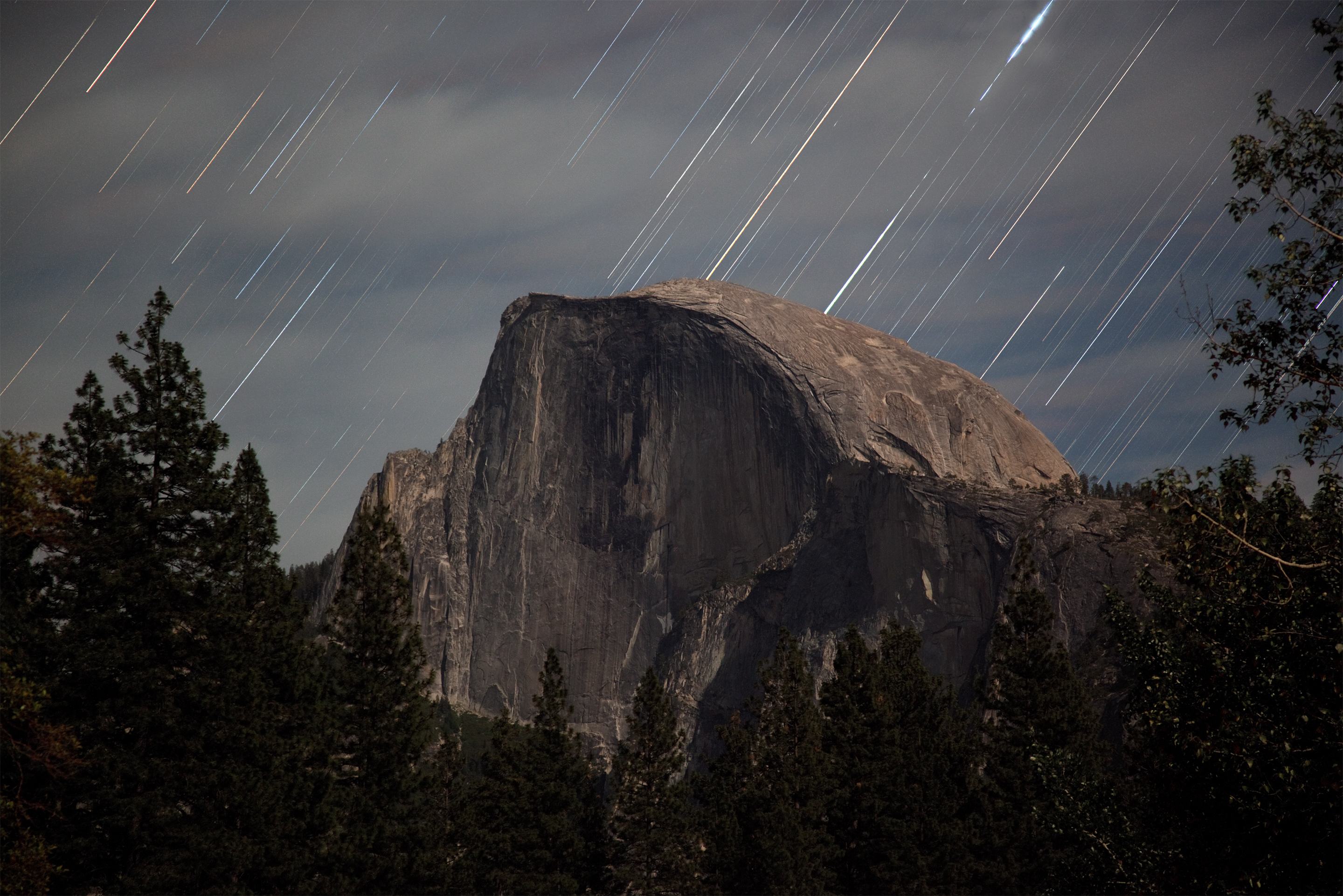 yosemite star trail backgrounds for your iphone, ipad or mac
